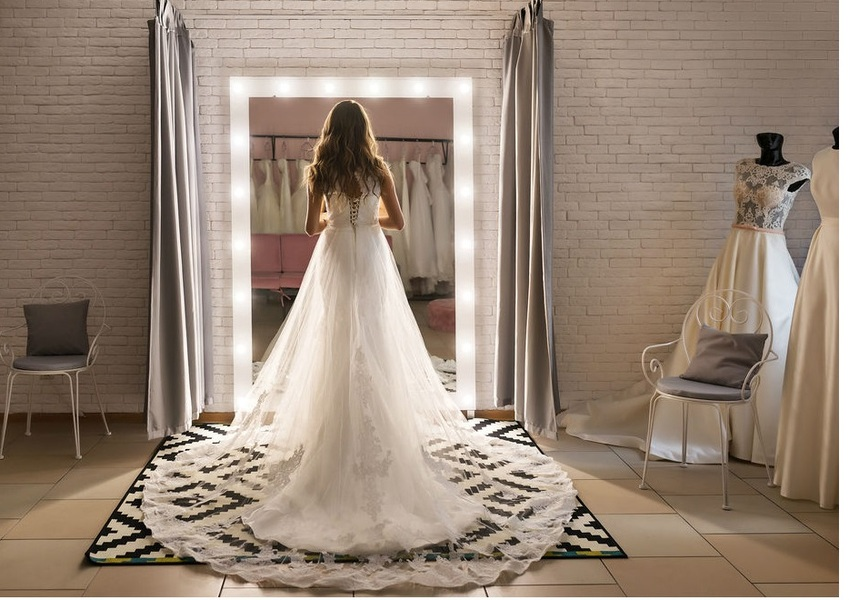 Как построить успешный бизнес? Открываем свой салон платьев на свадьбу!